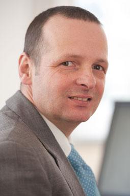 Dr. Jörg Danzer - _boden & grundwasser ~ - soil & groundwater